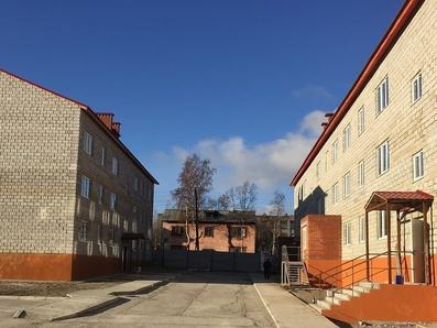 Жители аварийных домов Кандалакши и Умбы получили ключи от новых квартир