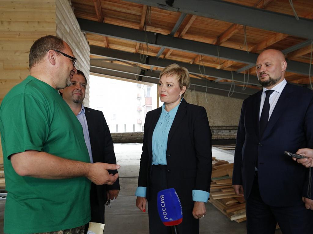В Никеле завершается ремонт поликлиники